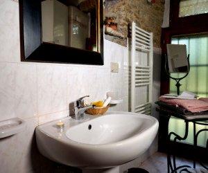 agriturismo-toscana-palaie-appartamento-cipresso7.jpg